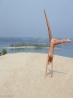 Гимнастка с голой загорелой попой на пляже (12 фото), фото 9