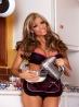 Гламурная голая домохозяйка с сочной попой, фото 1