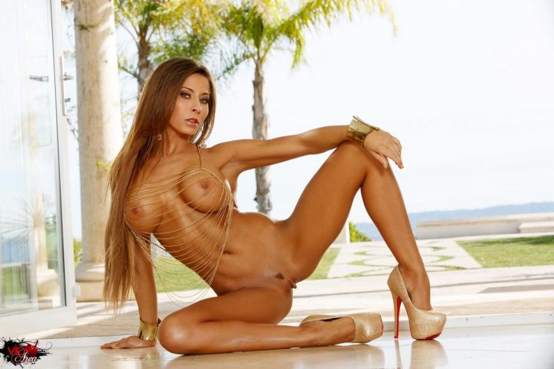 madison-ivy-eroticheskie-foto
