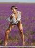 Молодая с пышным бюстом в поле цветов, фото 15