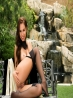 Страстная девушка в плаще, фото 12