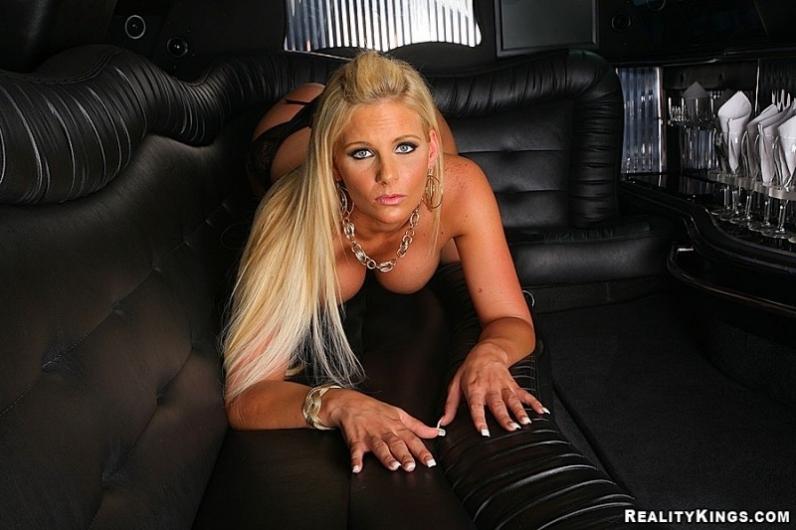 Порно волосатые. Смотреть онлайн видео бесплатно!