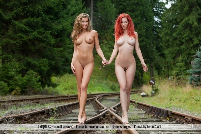 Голые девки на рельсах фото 587-865