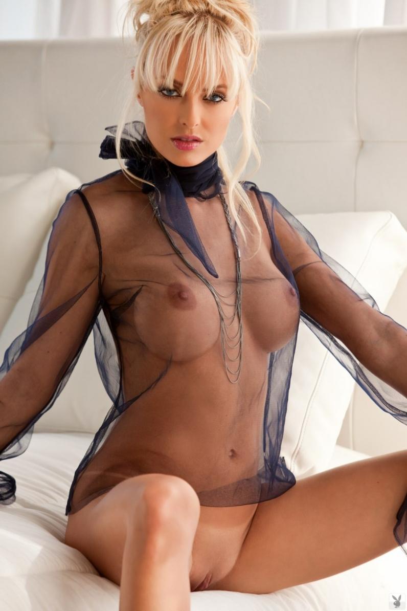 Olivia munn hacked nude celebrity