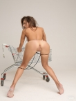 Голая попка за покупками (12 фото), фото 9