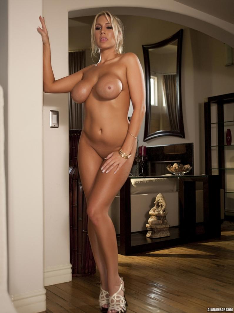 Фото большегрудых порнозвезд 21 фотография
