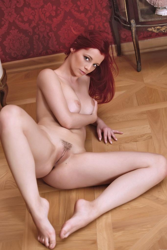 порно фото gabriella lupin