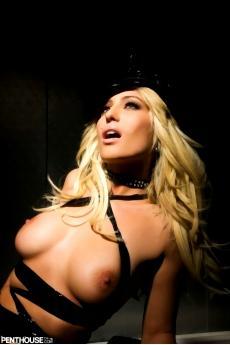 Фетиш фото красивой голой девушки блондинки
