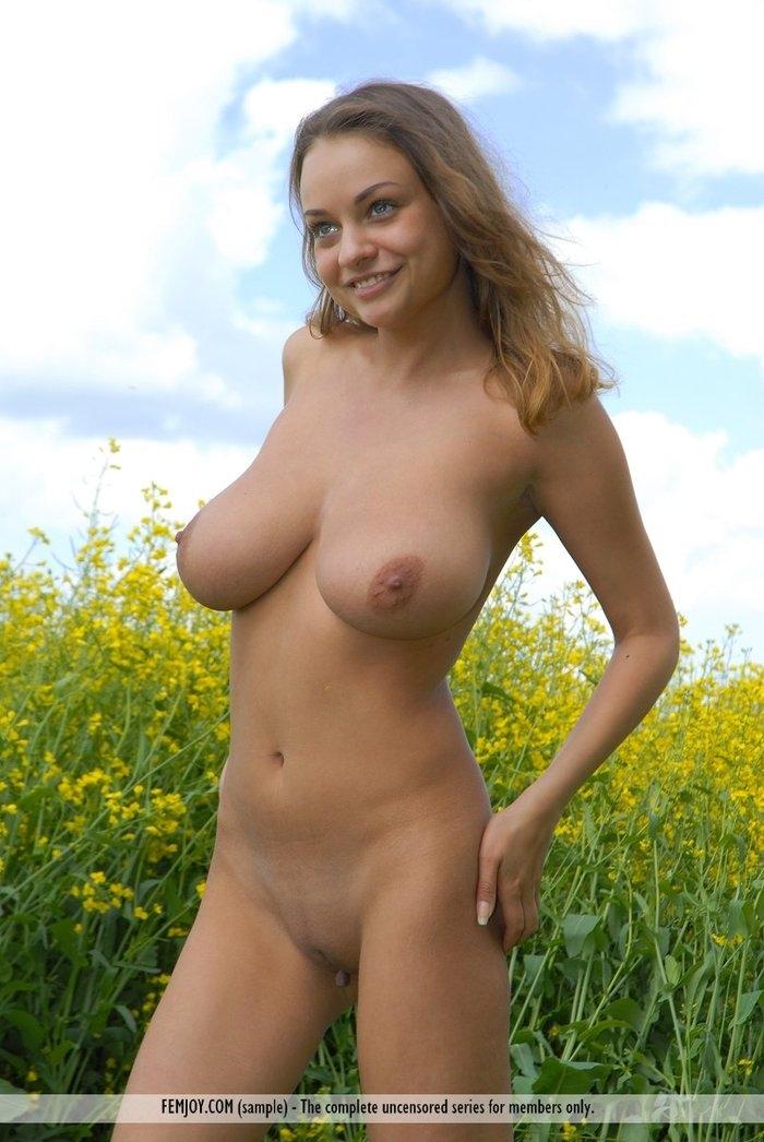 video-golih-russkih-modeley