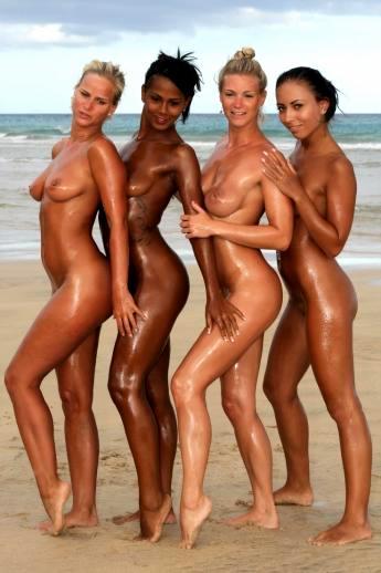 Пляжная экзотика с масляными латинками и голой негритянкой