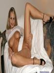 Любительская задница на диване, фото 10