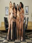 Парад голых негритянских попок от аппетитных секретарш в чулках (21 фото), фото 10