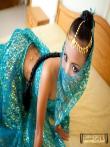 Красивая азиатка Tussinee с косичкой голышом в постели, фото 1