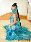 Красивая азиатка Tussinee с косичкой голышом в постели, фото 2