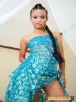 Красивая азиатка Tussinee с косичкой голышом в постели, фото 6