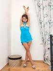 Соблазнительная попка под голубым платьем, фото 3