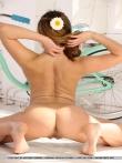 Девушка с упругой голой попой на велосипеде, фото 12
