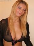 Любительские фотки больших голых сисек приятной блондинки, фото 1