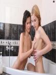 Голые евромодели в ванной, фото 29