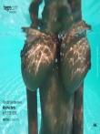 Красивая негритянка с огромными натуральными сиськами под водой, фото 3