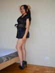 Зрелая латинка Adriana Caro пробует себя в горячей фото сессии оголяя сочную фигурку, фото 2