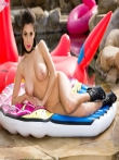 Страстная задница гламурной дамы в бикини, фото 16