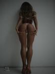 Девушка с красивой спортивной фигурой в просвечивающим нижнем белье, фото 3
