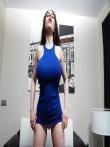 Огромные латинские дойки в маленьком голубом платье, фото 2