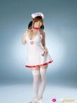 Сексуальная азиатская медсестра с большими сиськами и аппетитной круглой жопой в чулках и сексуальной униформе, фото 8