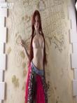 Стройная рыжая Мишель снимает с письки ажурные белые трусы, фото 4