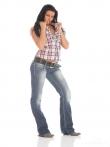 Горячая латинка с аккуратными сиськами и аппетитной задницей в джинсах, фото 1