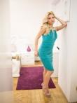 Соблазнительная блондинка с сочными дойками голышом в постели, фото 3