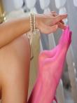 Гибкая худенькая девушка Olya Fey в чулках снимает платье сетку и позирует с голой писькой, фото 13