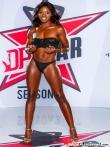 Горячая африканская порнозвезда Ana Foxxx со смуглой попкой в вырезе кружевных трусов, фото 3