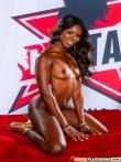 Горячая африканская порнозвезда Ana Foxxx со смуглой попкой в вырезе кружевных трусов, фото 8