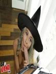 Секс в костюме на хеллоуин красотки Janice Griffith с волосатой писькой, фото 8
