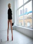 Гламурная Дженни с худенькой фигуркой и высокими каблуками на длинных ножках, фото 12