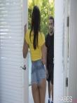 Черный член в узенькой пизде латинки с очаровательной попки трахает сдивнув в сторону лямку трусов, фото 5