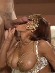 Гламурную порнозвезду рачком отымели в загорелую попку обкончав смазливое лицо и накрашенные губы, фото 19