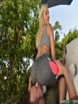 Обстрелял спермой большую жопу Kylie Page стянув с нее леггинсы, фото 9