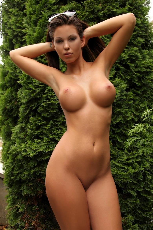 картинки голых сексуальных латинок