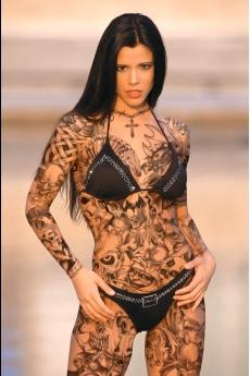 Фото голых девушек с татуировкой