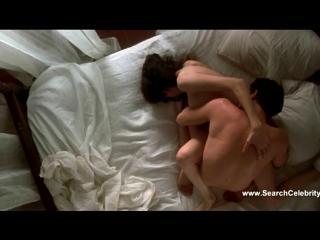 Сказав супругам, что уезжают по работе, любовники сняли номер в отеле и провели в нем ночь, не вылезая из постели